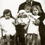 Blas-Infante-y-sus-hijos-681x1024