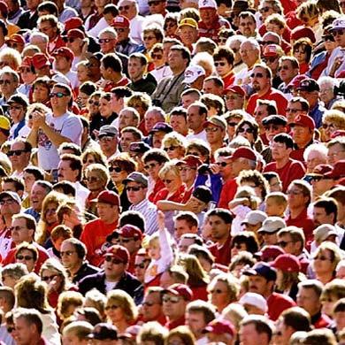 3 multitud: